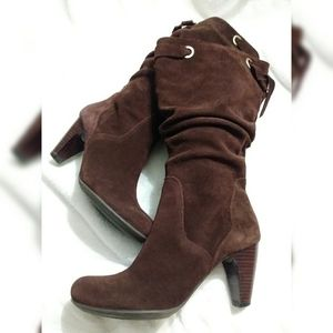 "EUC Connie ""Chloe"" Suede slip on boots size 6 1/2"